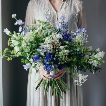 большой букет полевых цветов