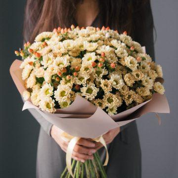 большой букет хризантем